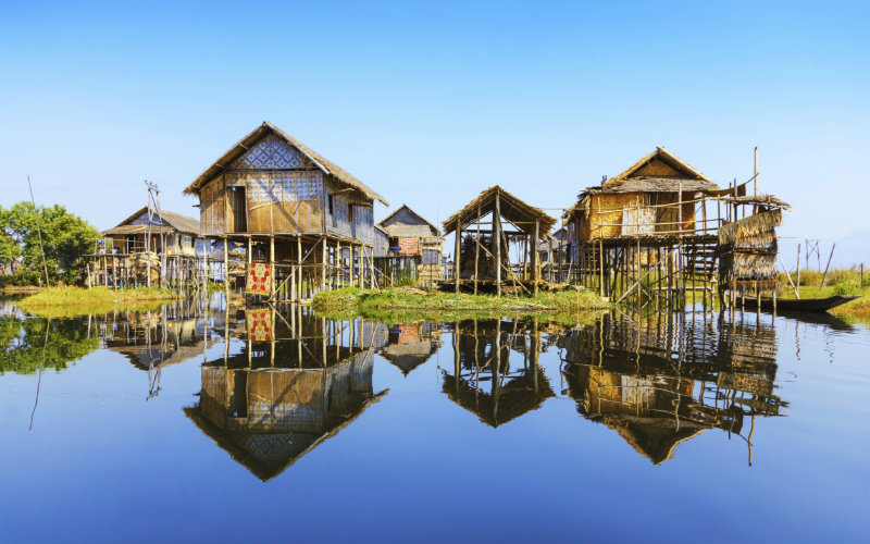 inle lake stilt houses