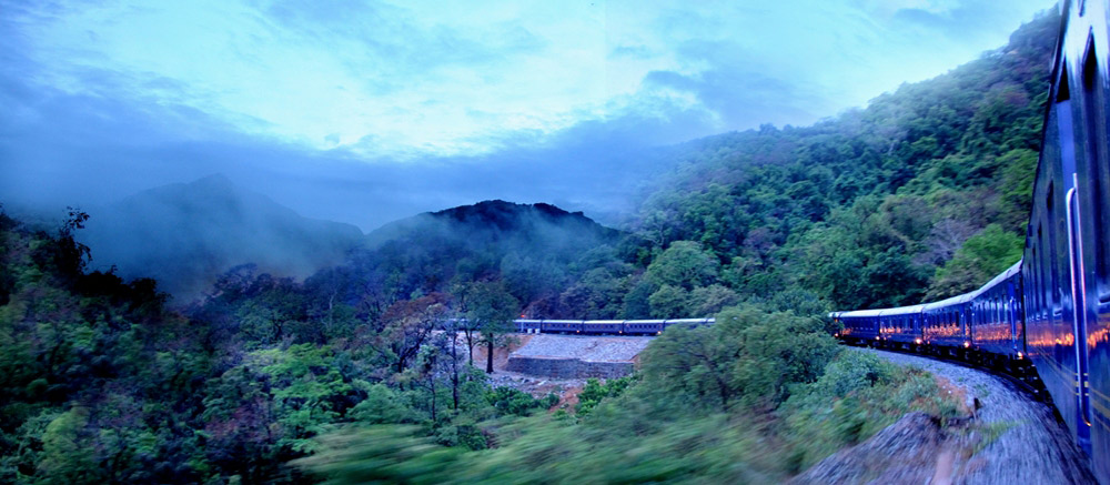 Deccan-Odyssey-Luxury-Train