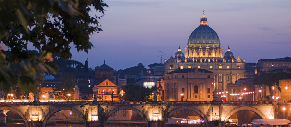 See the art of the Vatican as never before on one of our art tours