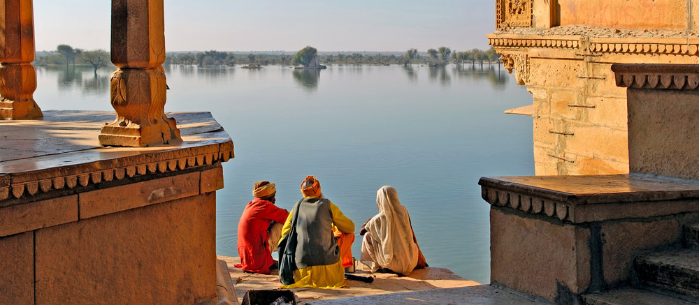Lake-near-Jaisalmer