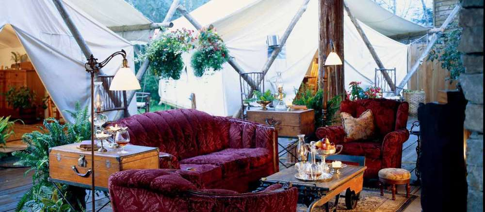 Clayoquot Wilderness Lodge lounge