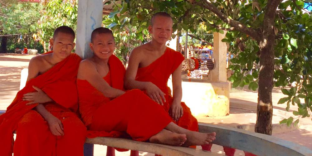 Monks at Wat Hanchey