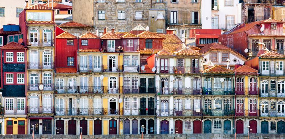 Traditional houses in the old ribeira district of Porto, Riverfront, Portugal
