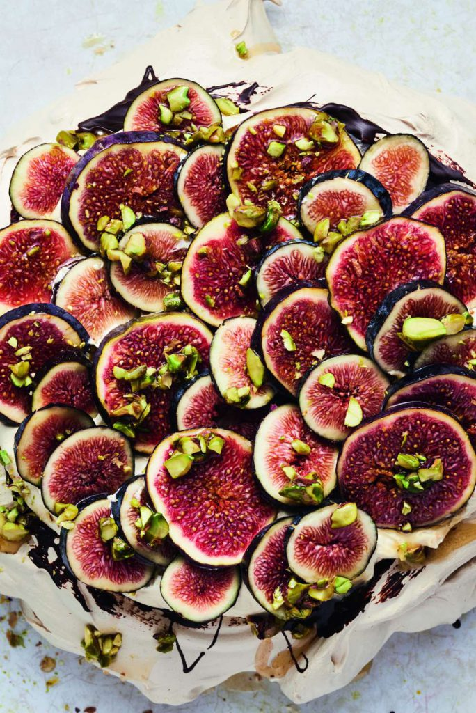 Cinnamon Pavlova with Praline Cream and Fresh Figs