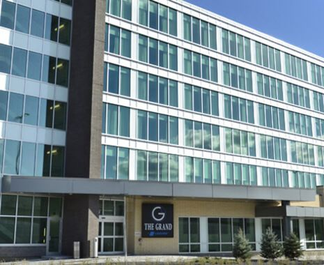 The Grand Winnipeg Airport Hotel by Lakeview